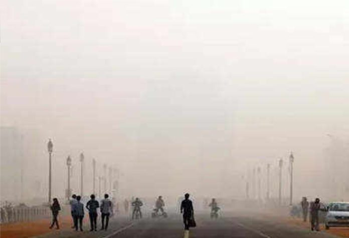 Cold wave sweeps Delhi, likely to stay for next 4 days: IMD